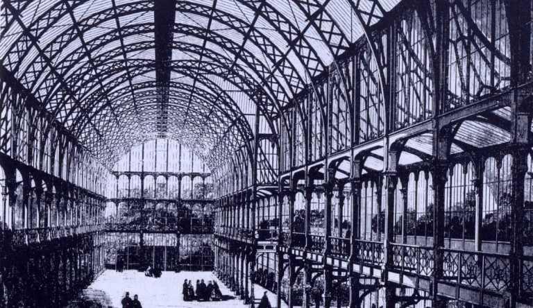 Interior del Crystal Palace, diseñado para la Exposición Universal de Londres de 1851 por Joseph Paxton y Owen Jones, o la inauguración de la arquitectura del acero y el vidrio.